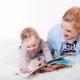 Quels moyens originaux employer pour mettre son enfant à la lecture ?