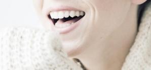 Avoir un beau sourire en blanchissant vos dents