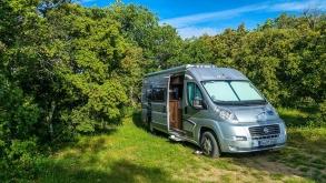 Partir pour de longues vacances dans une caravane